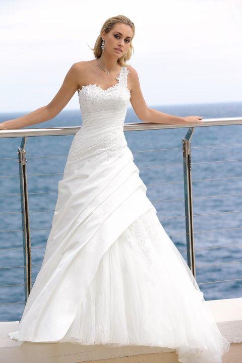 Ladybird bruidsjurk 44008 collectie 2014 – wedding dress - Xsasa bruidsmode