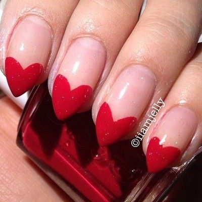 Nails queen beautify themselves with sweet nails queen of hearts nails more heart nails fun nails queen of hearts prinsesfo Choice Image
