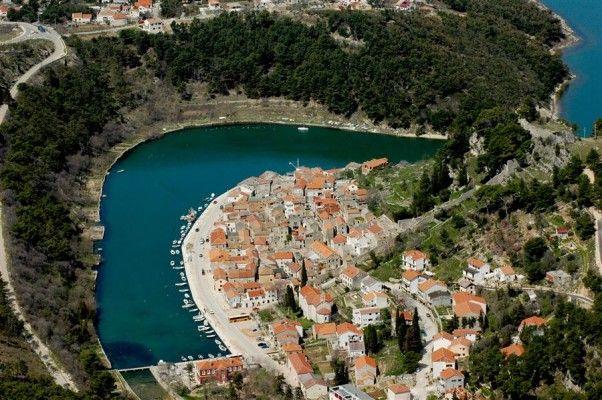 http://www.turystyka24.net/chorwacja/novigrad Novigrad w Chorwacji