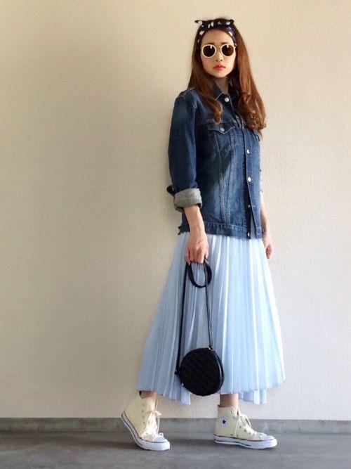 メンズサイズのGジャン 裾に段差のあるイレギュラーヘムのプリーツスカートは動きが出て可愛いです❤️