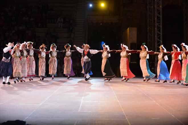 Λύκειο των Ελληνίδων-Ωδείο Ηρώδου Αττικού άββατο 21 Σεπτεμβρίου  «Πέρδικες στήνουνε χορό κι αηδόνια τραγουδούνε».