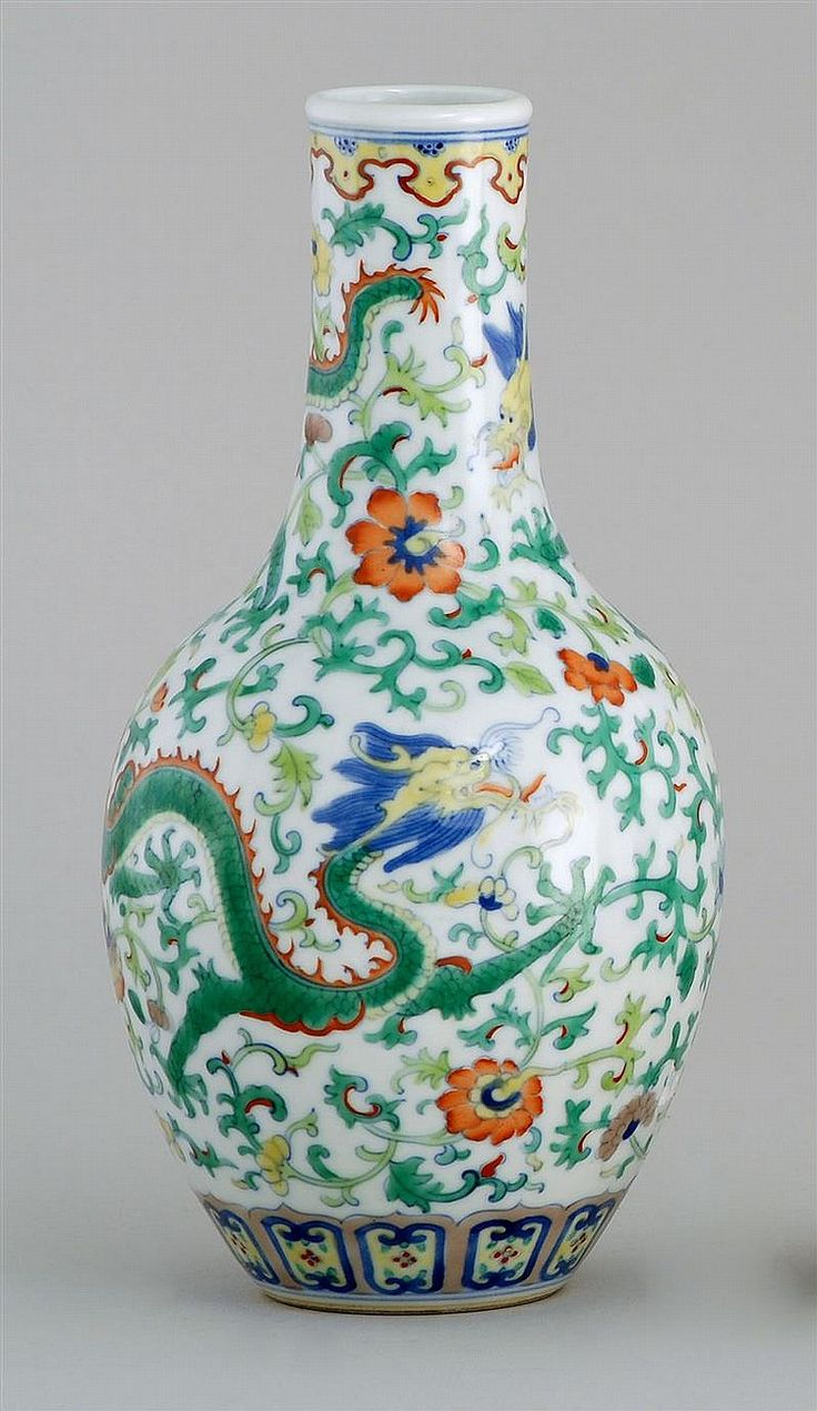 69 best asian porcelain images on pinterest flower vases doucai porcelain vase 20th century in teardrop form with green dragon design on a floral ground reviewsmspy