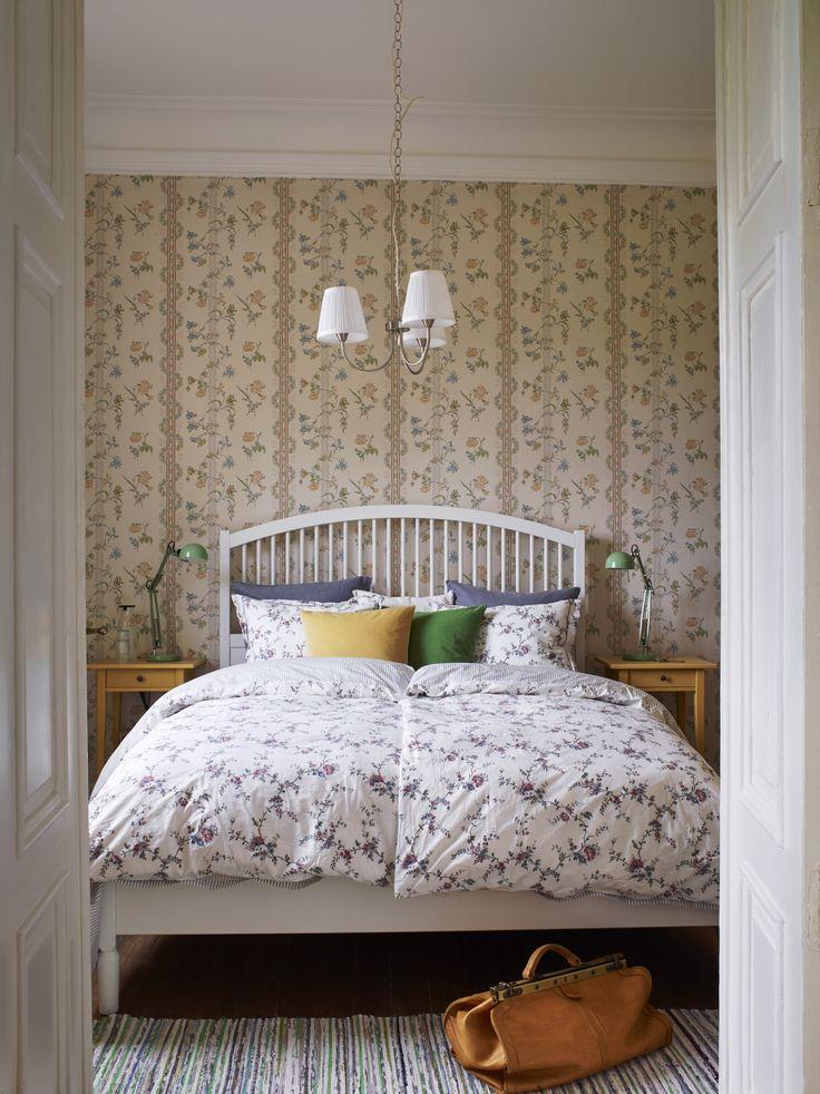 Ein romantisches Hotelzimmer, in dem sich deine Gäste so richtig wohlfühlen können.