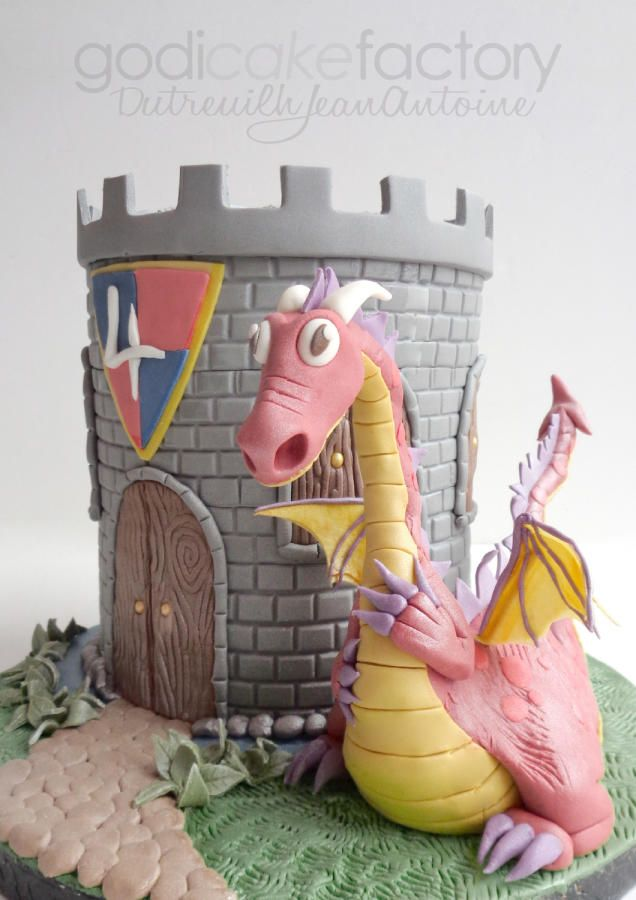 Sparky Dragon - Cake by Dutreuilh Jean-Antoine