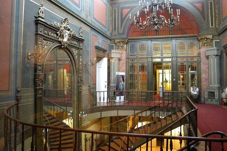 Pinacoteca Municipiului Bucureşti se redeschide pentru public după 20 de ani