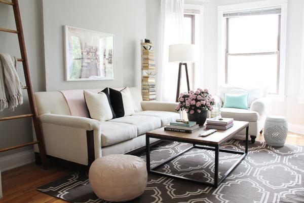 Editor @Alaina Marie Marie Kaczmarski's Home Tour // pink and grey living