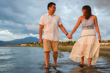 Sunset engagement pre nuptial photography in Fiji by the Hilton denerau resort beach by Anais Photography