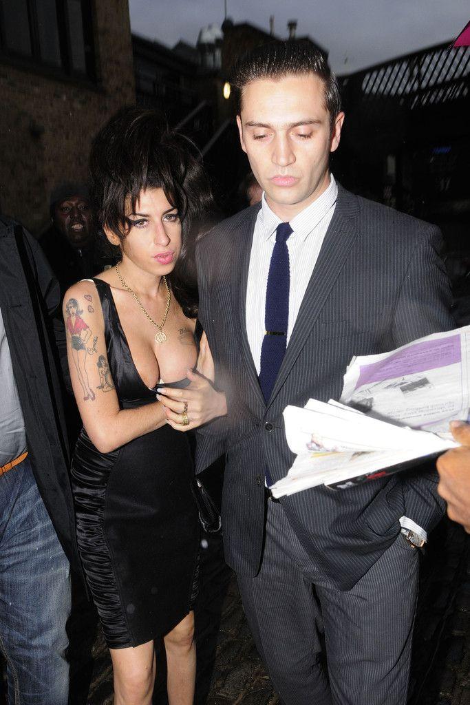 Amy Winehouse and Reg Traviss Photo - Amy Winehouse and Reg Travis at the Launch of Shaka Zulu Bar