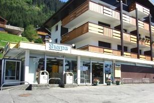 Supermarché Sherpa à Châtel Les Montagnes de Sherpa: La station de Châtel