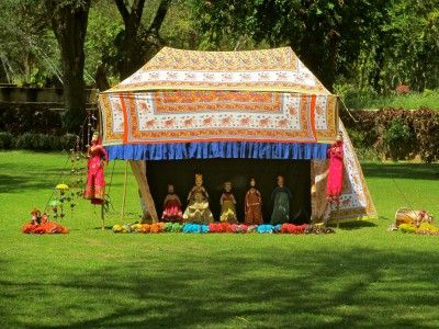 The puppet show in Samode Bagh, Rajasthan India