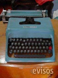 Maquina de escribir olivetti Maquina de escribir marca olivetti color azul en perfecto  .. http://medellin.evisos.com.co/maquina-de-escribir-olivetti-id-448274
