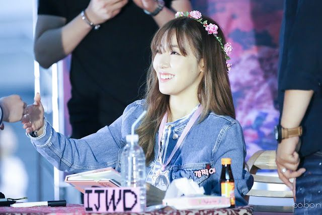 soshi-mylovejeti.blogspot.com: 6.6.16 Tiffany @ IJWD Fansign in Busan & Daegu _ Part 2