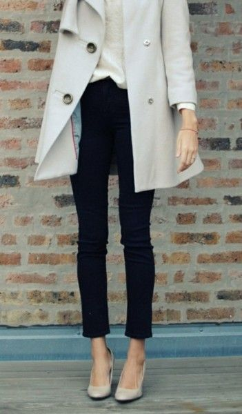 Trench, skinnies, nude heels - can this please appear in my closet so I can wear it to work tomorrow??? Please?