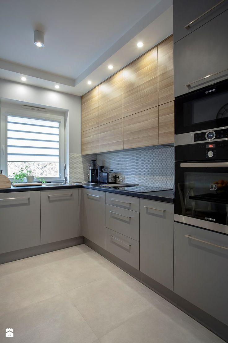 Kuchnia w szarości i drewnie. - Kuchnia, styl nowoczesny - zdjęcie od Carolineart