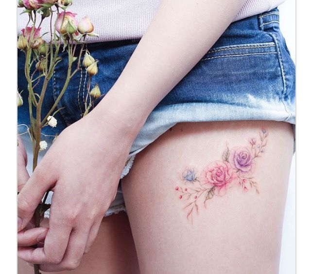 32 Small Tattoos That Embody Refinement And Sophistication