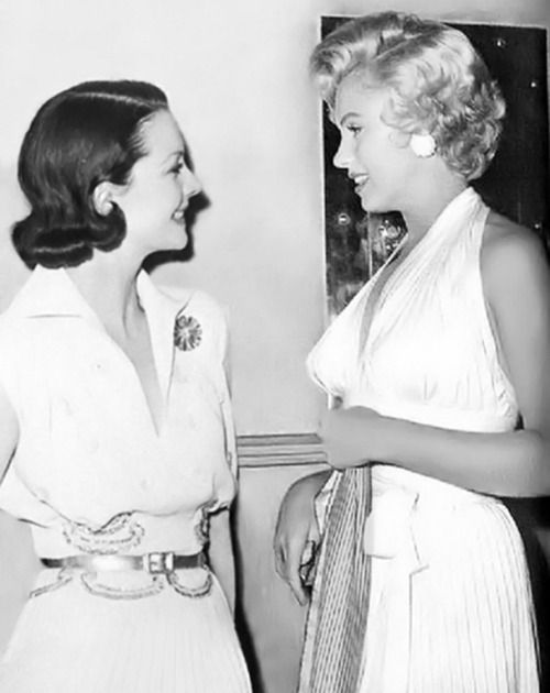 Vivien Leigh and Marilyn Monroe