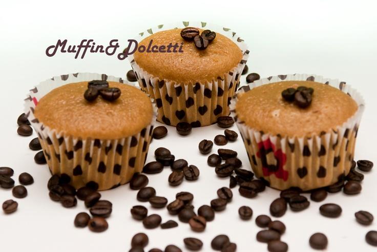 Muffin Cappuccino! Per la videoricetta clicca qui: http://youtu.be/yHoa0RvFDac    Cappuccino Muffin! For the recipe click: http://youtu.be/yHoa0RvFDac