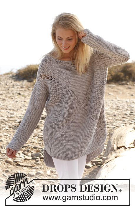 "Knitted DROPS jumper worked in a square in garter st in ""Paris"". Size: S - XXXL. ~ DROPS Design"