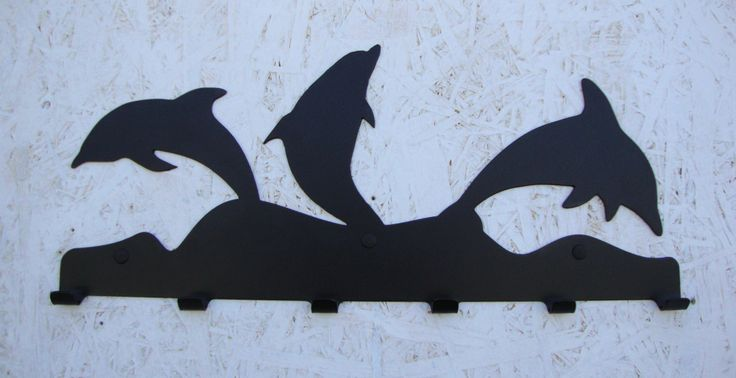 Delfiny... nic dodać nic ująć każdego urzekają te ssaki morskie :)