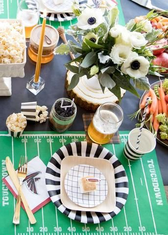 SUPERBOWL SUN-YAY u2013 Bonjour Fête - Cute and chic tableware and decor ideas for & 34 best u003e SPORT THEMES u003c images on Pinterest | Bonjour Dinnerware ...