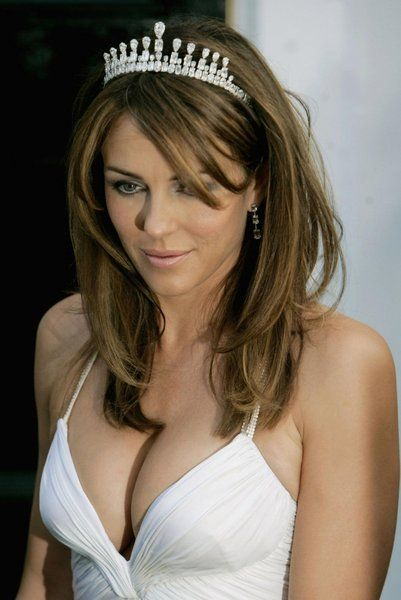 The Royals (TV show) cast member Elizabeth Hurley