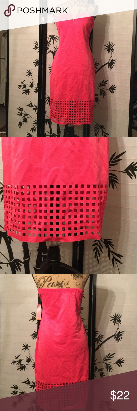 Pretty in Pink Pretty in Hot pink bon con type mini dress strapless net type design at the bottom Fashion to Figure Dresses Strapless