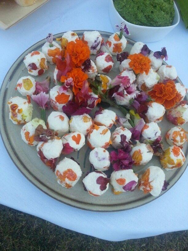 Edible flower feta balls: | 11 Extreme But Elegant Edible Flower Foods