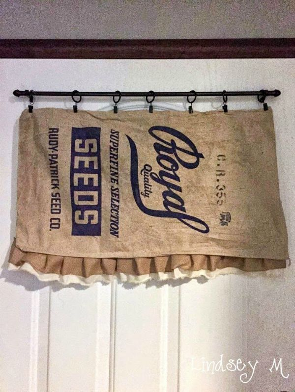 Farmhouse Friday #13 - Grain Sacks, Feed Bags and Burlap Bags via Knick of Time at KnickofTime.net