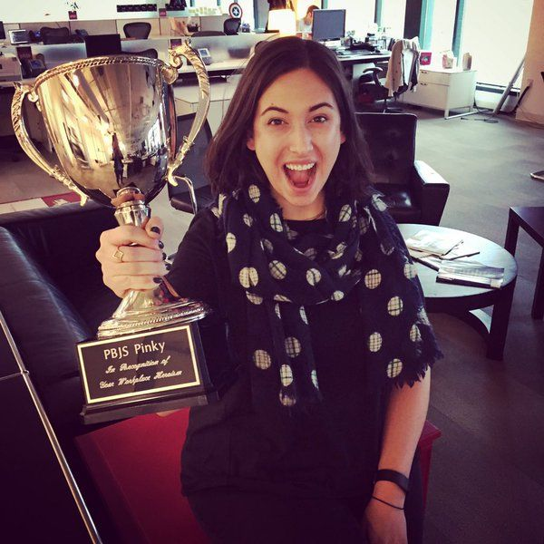 For her heroic feats, team #Seattle's Natasha Jarmick won the #PBJSPinky #employeeofthemonth award. Congrats!