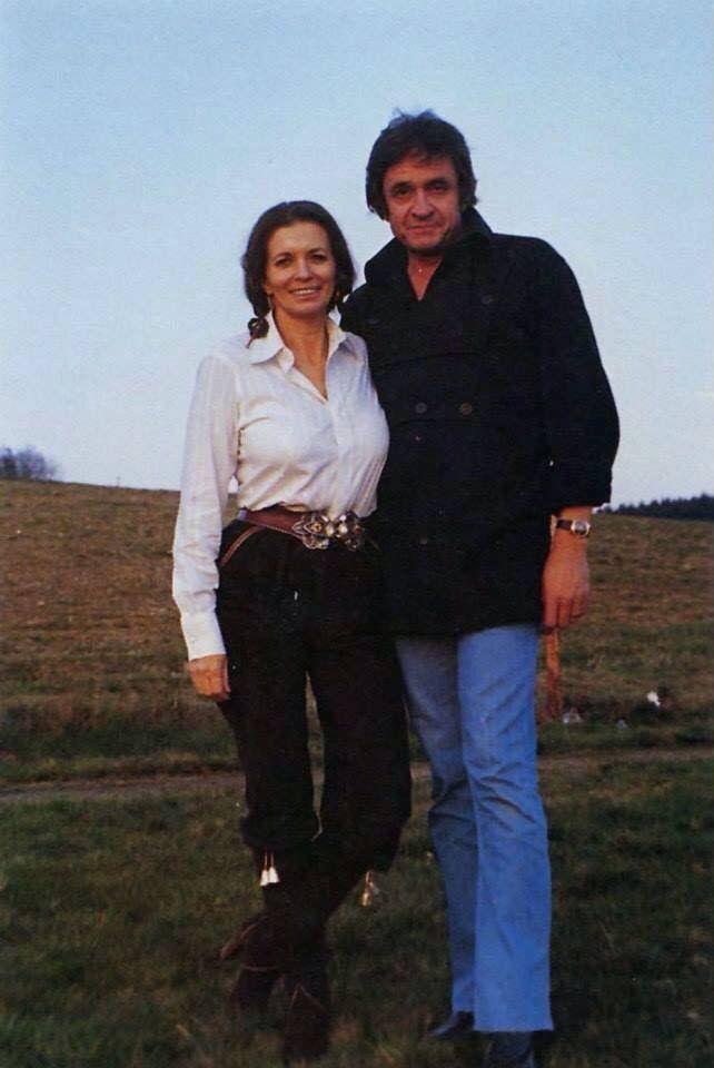 June Carter Cash & Johnny Cash