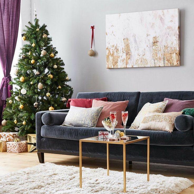 Wir stellen euch unsere Weihnachtstrends vor!   Schaut vorbei und lasst euch z.B. vom glamourösen Stil fürs Fest inspirieren!  Link in Bio  . . . . #wayfairde #homedecor #homeinspo #homedecoration #newhome #homeideas #decoration #homesweethome #houseandhome #ilovemyhome #decorate #interior123 #interior4all #interior9508 #passion4interior #finditstyleit #möbeldesign #möbel #inneneinrichtung #deko #weihnachten2017 #weihnachtstrends #weihnachtsdeko #weihnachtsshop #sofa #wohnzimmer