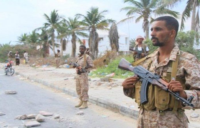 اخبار يمنية عاجلة - ضبط عنصر إرهابي في المكلا