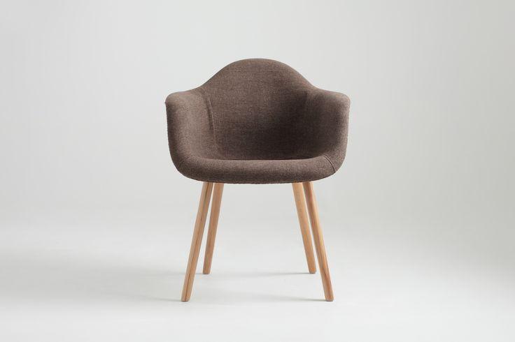 Krzesło KT (028B) Cena: 739 zł nordicdecoration.com