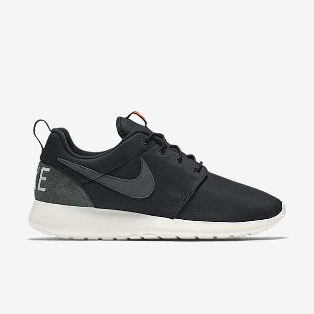 nike roshe run suede burgundy black&white blanket