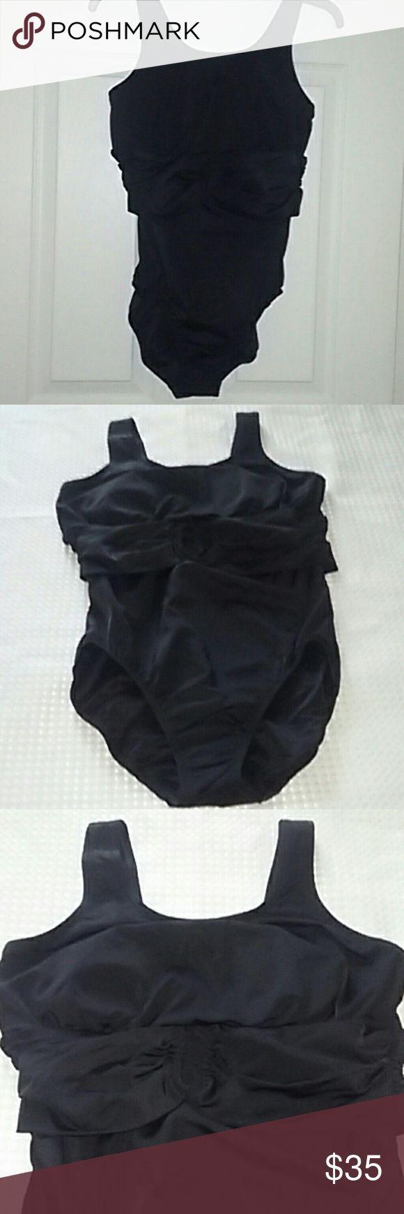 Land's End Women One-piece Swimsuit | Black | Sz10 Land's End women tumm#colorfu…
