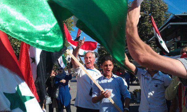 Sirienii ies în stradă la Timișoara