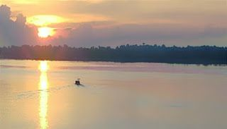 Stung Treng Province is the bordered province of Cambodia with Laos. There are the famous rivers that are Mekong River and Sekong River flow through. Have time here to enjoy the amazing nature, explore the Khmer culture and enjoy the wonderful landsapes from mekong Rivers tour from the province to Laos.