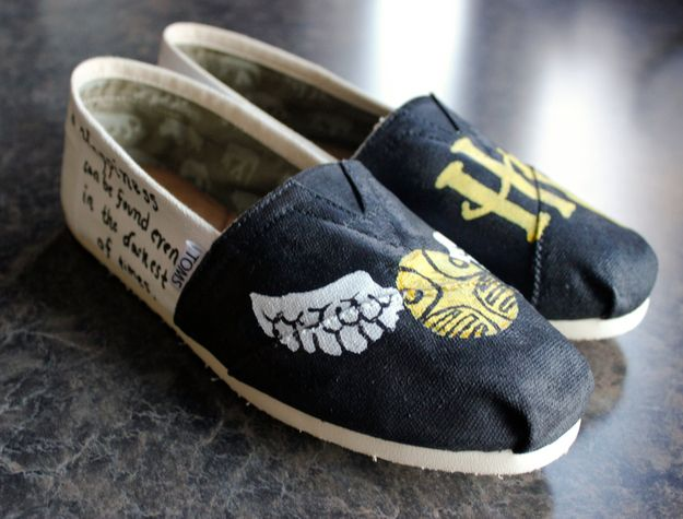 16 Items That Every Harry Potter Fanatic Must Own, need these sooooo much
