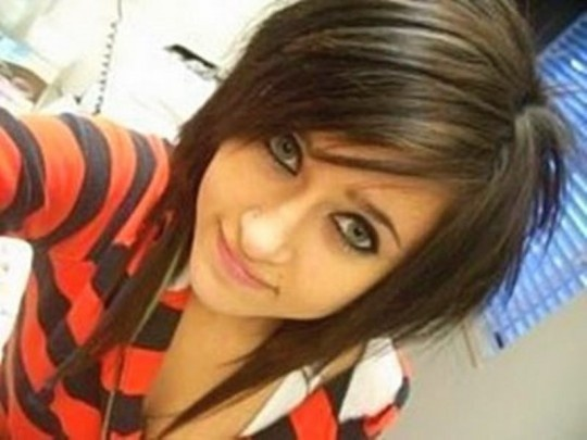 Google Image Result for http://fashionchoice.org/wp-content/uploads/2012/05/mid-length-hairstyles-emo-mid-length-img-10-540x405.jpg