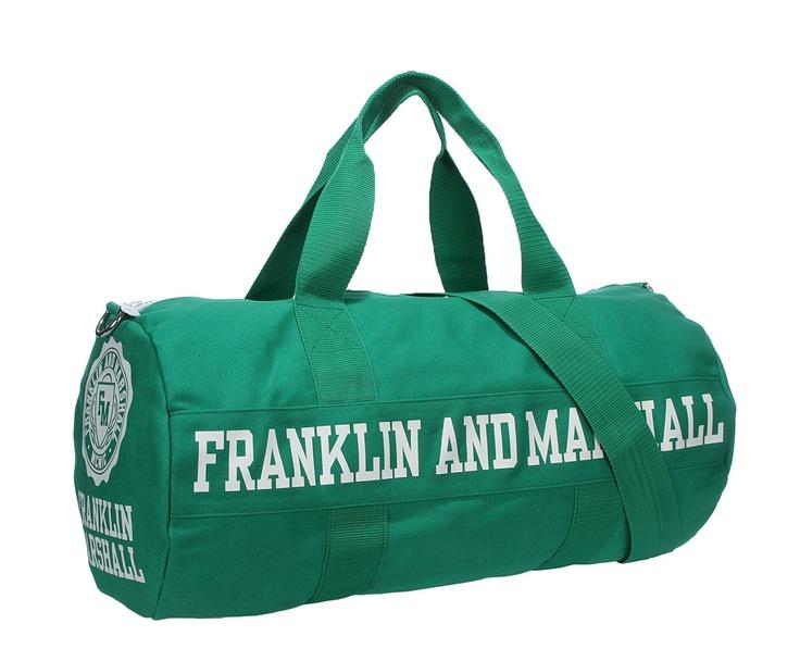 ΦερμουαρΜέσα τσέπεςΛαβήΜήκος: 50cm, Βάθος: 40cm, Ύψος: 40cmhttp://www.john-andy.com/franklin-and-marshall-sports-bag.html