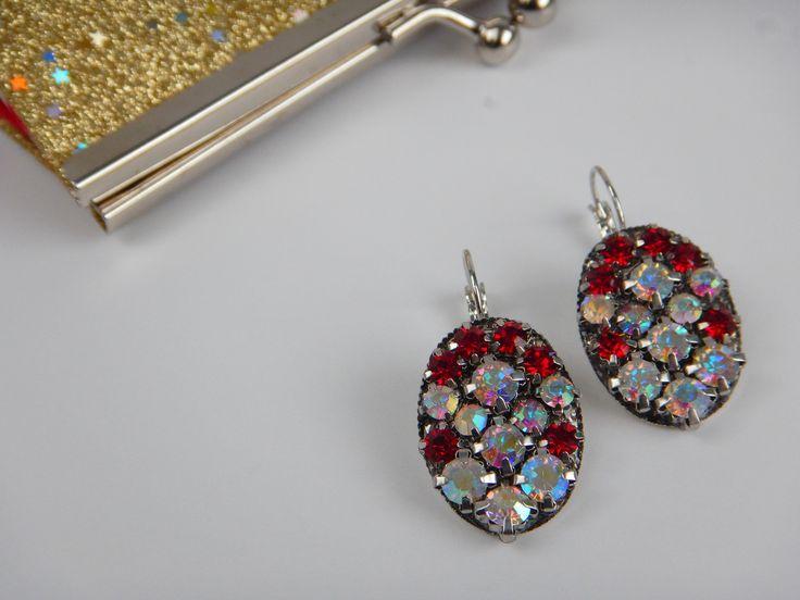 Ručně vyráběné náušnice se třpytivými šatony / DIY chaton earrings #DIY #chaton #earrings #crystal