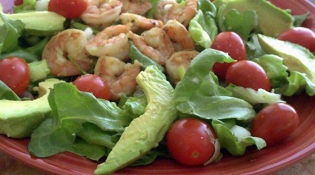 Garlic-Black Pepper Shrimp & Avocado Salad (serves 2)