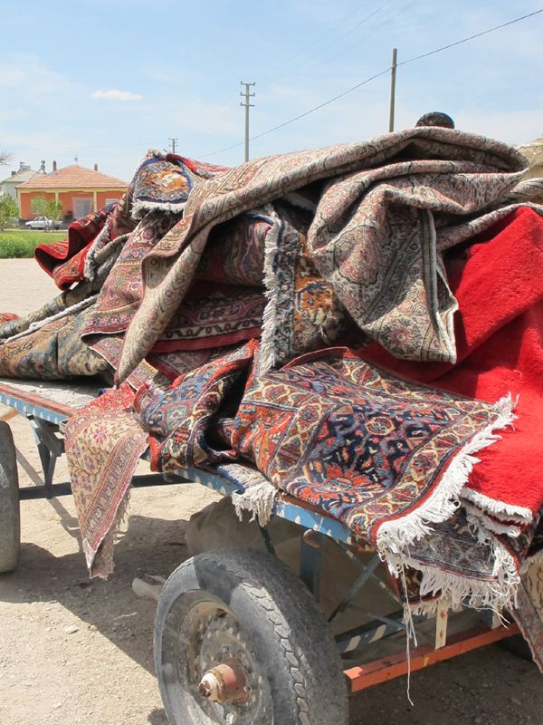 Our partner collects old, traditional and handmade carpets for restoration.