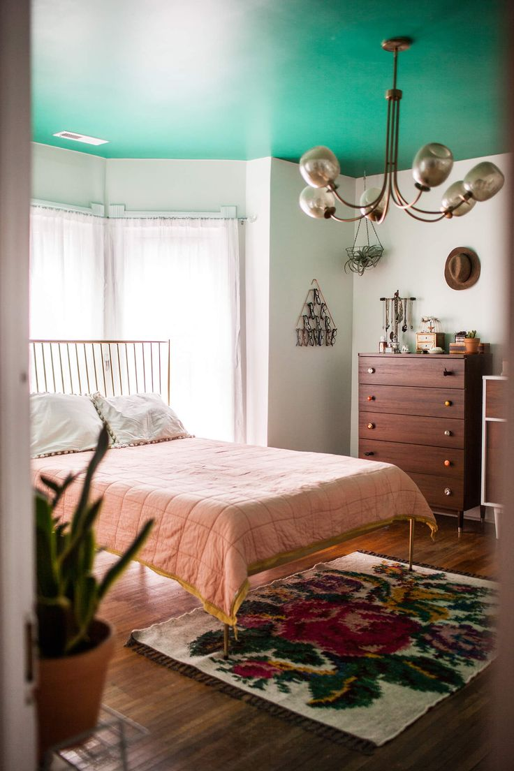 Paint colors for in bedroom traditional with exposed beams butter - Best 25 Green Ceiling Paint Ideas On Pinterest Cottage Style Green Bathrooms Bathroom Ceiling Paint And White Bathroom Paint