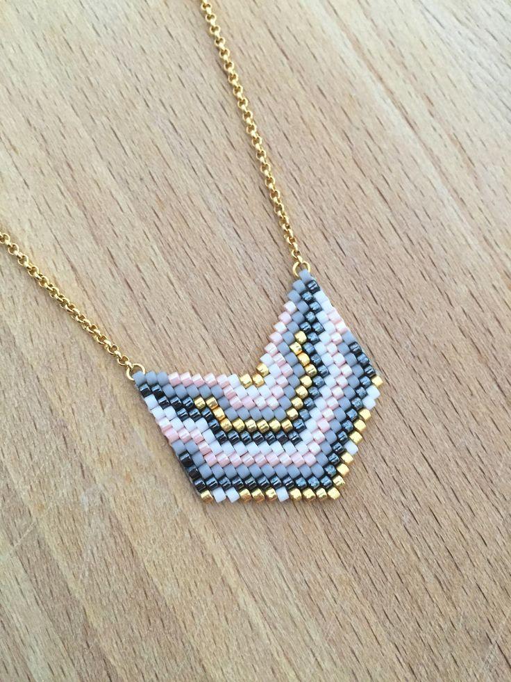 Collier Mini Plastron Perles Tissées Plaqué Or : Collier par an-ou-shka