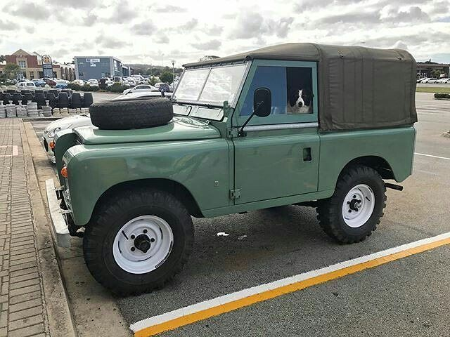 Land Rover 88 Serie III soft top canvas nicely restored.