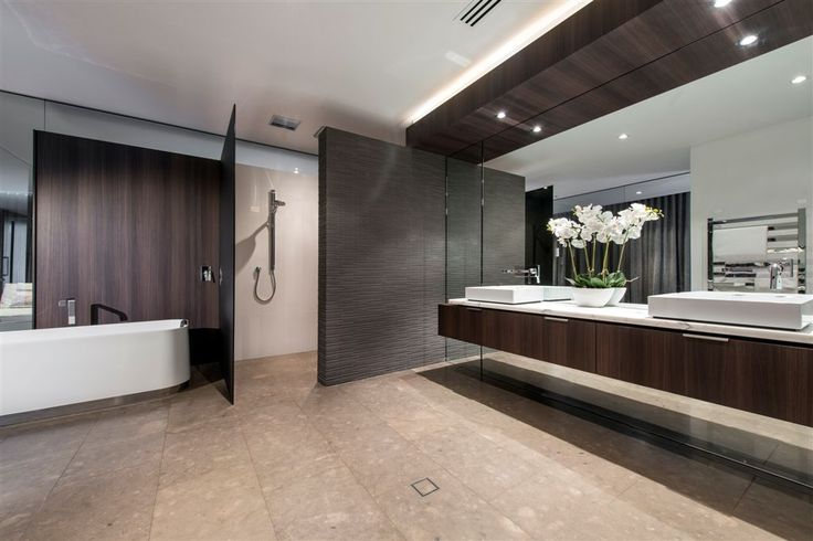 "Luxury bathroom in ""Expressing Views"" by Urbane Projects, Perth"