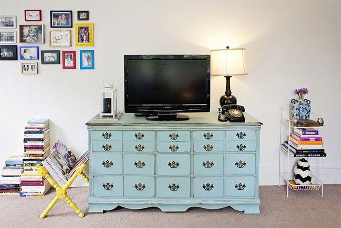 Decoração de pequenos espaços: um studio feminino, delicado e caprichoso nos…