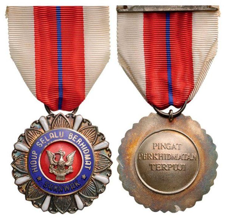 SARAWAK - MERITORIOUS SERVICE MEDAL (Pingat Perkhidmatan Terpuji), Knight's Cross. Breast Badge, 37 mm, silver, enameled, 140E