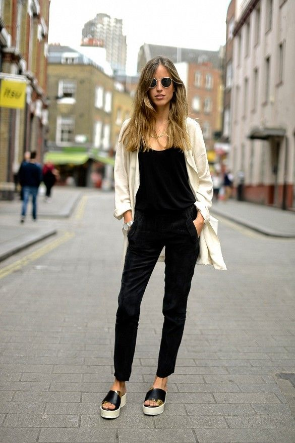 7 Ways To Wear Black Overalls | Round Sunglasses Casual Street Style And Style